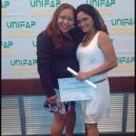 Monitora Ivanize e aluna Maria Claudia